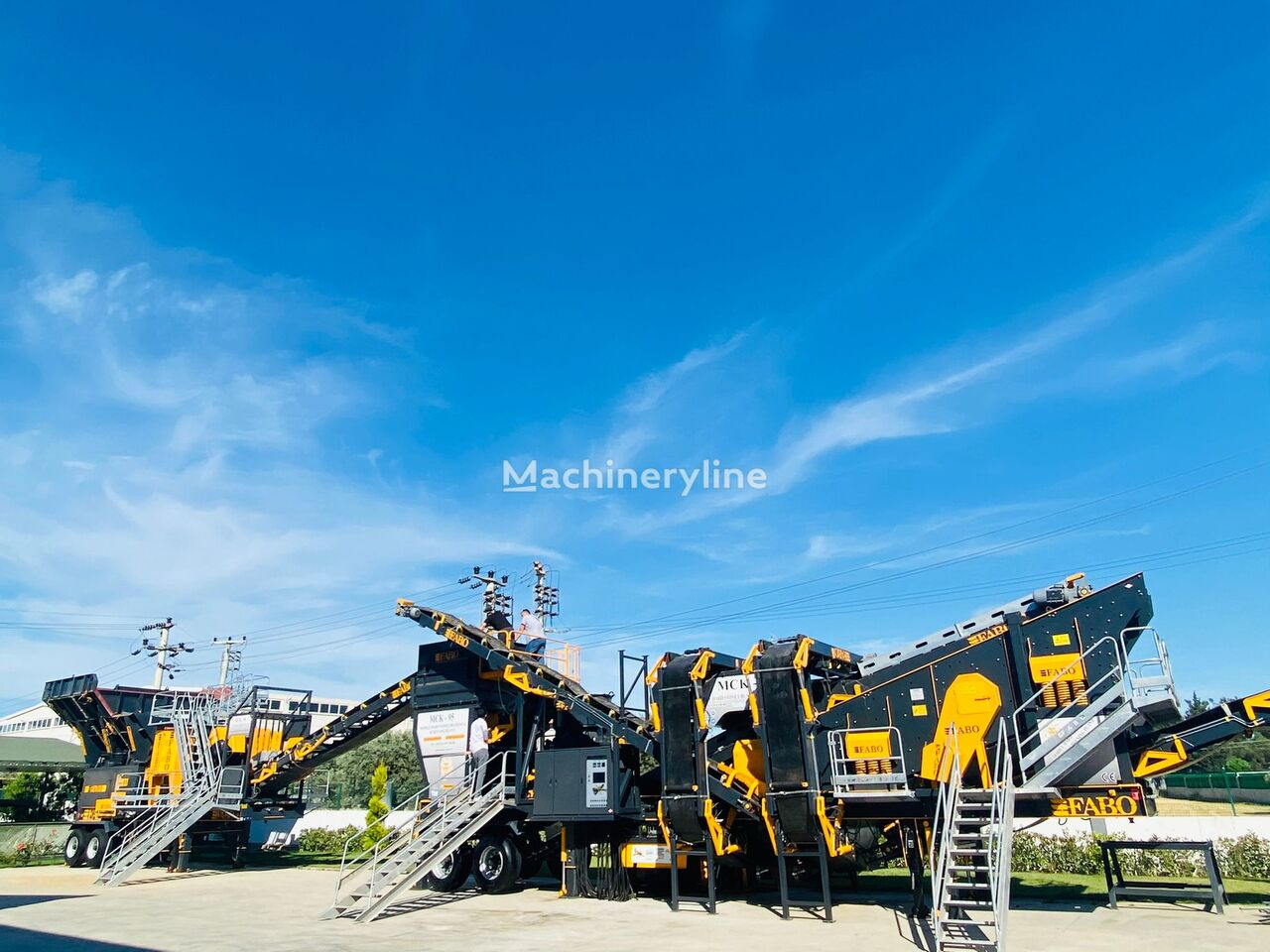 concasseur mobile FABO MCK-95 MOBILE CRUSHING & SCREENING PLANT | JAW+CONE neuf