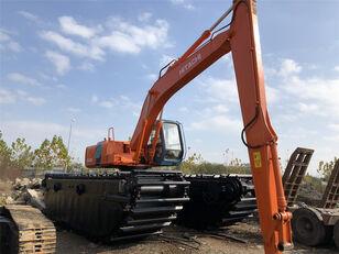 excavatrice amphibie HITACHI EX200