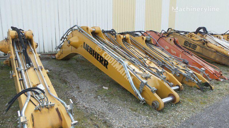 bras de pelle LIEBHERR Fleche pour excavateur LIEBHERR R944C