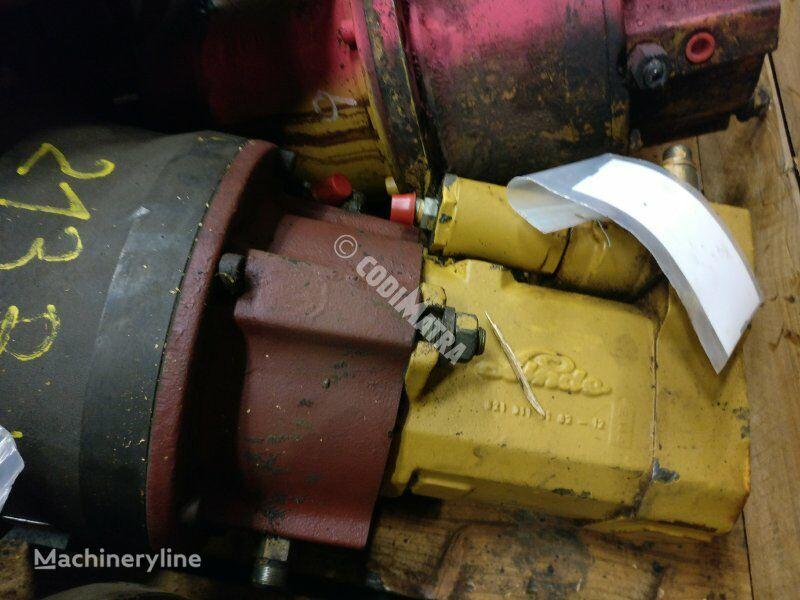 moteur hydraulique CATERPILLAR Moteur hydraulique de rotation pour excavateur CATERPILLAR 213B