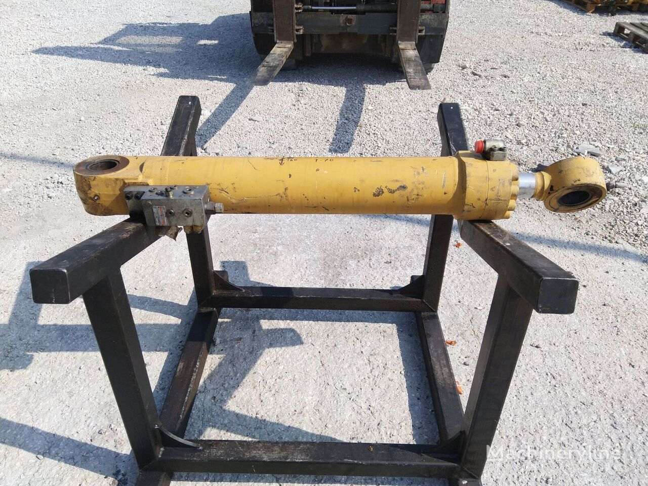 vérin hydraulique pour excavateur CATERPILLAR 318 320 312E 315 316 322 323 330 [D-129 S-70 T-70]