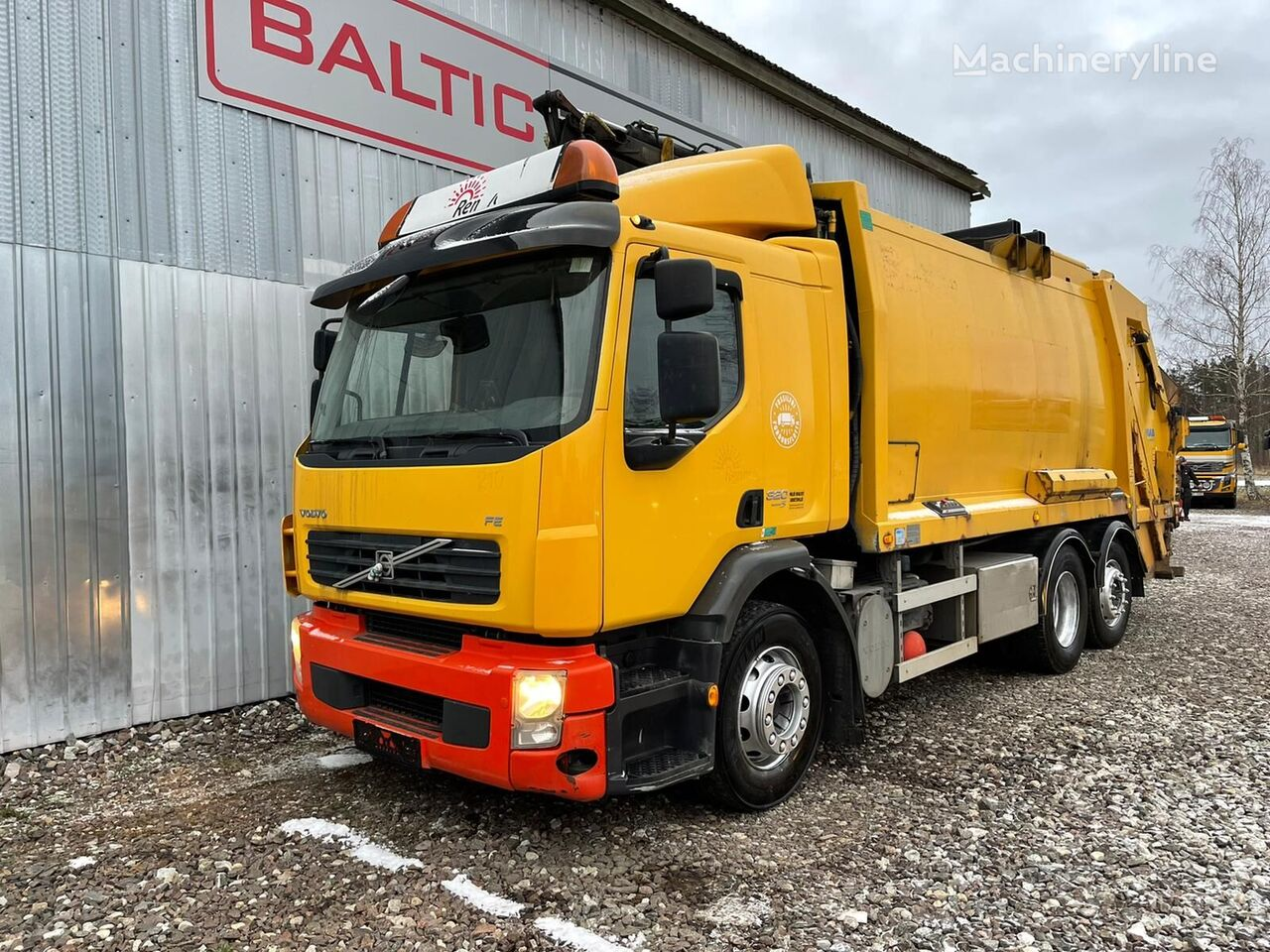 camion poubelle VOLVO FE 320, 6x2 + CRANE, EURO 5